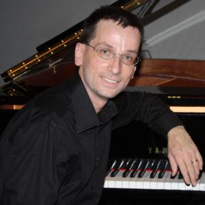 Stefano Bonassoli - pianista