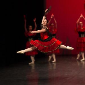 Vanessa Santoro - pre danza + pre primary e assistente classica